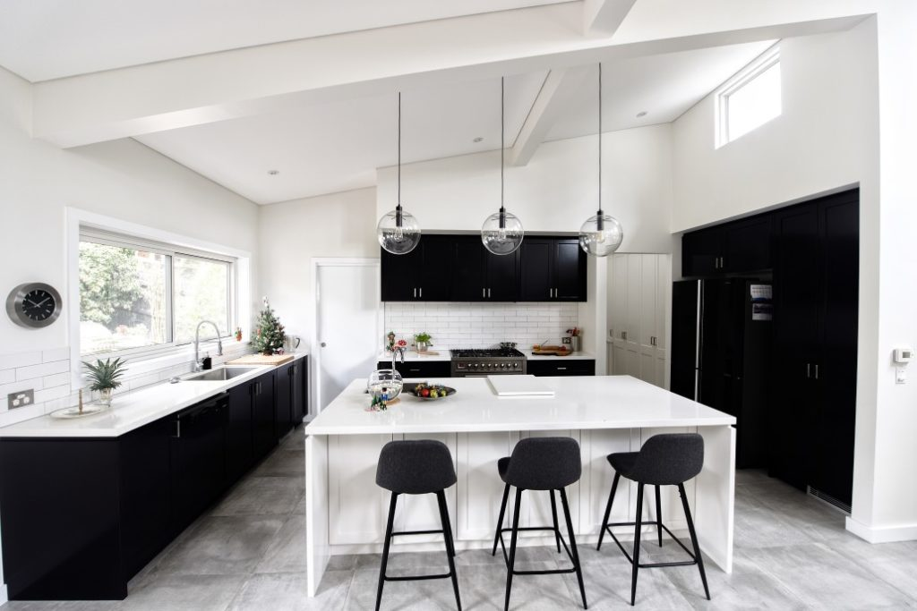 black and white interior design australia & Black And White Interior | Hollywood | Interior Designer Australia
